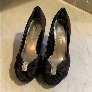 MichaelAngelo Diana black heels